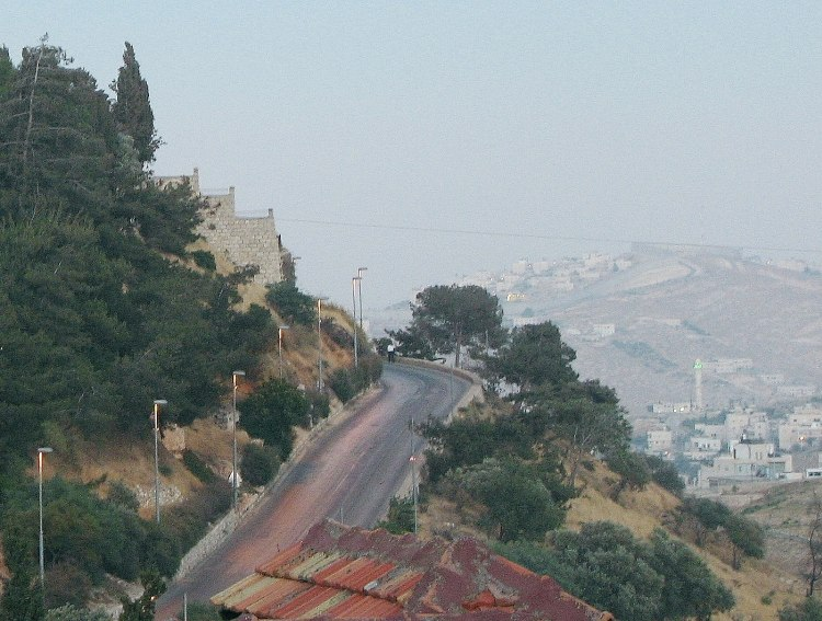 Pope's Road leading up to Mount Zion