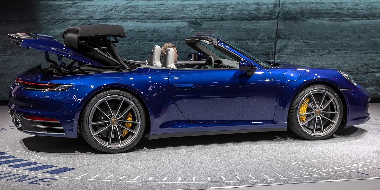 Porsche Targa 4S >> File:Porsche 992 Cabrio, GIMS 2019, Le Grand-Saconnex ...