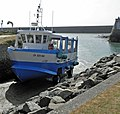 Port de Saint-Vaast-La-Hougue - Arrivée du bateau amphibie Tatihou II - panoramio.jpg