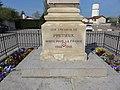 Précieux (Loire) - Monument aux morts (détail).jpg