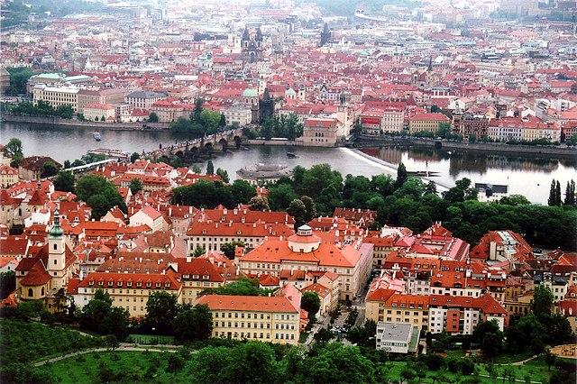 640px-Prague01.jpg
