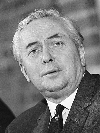 October 1974 United Kingdom general election - Image: Premier Wilson gaf persconferentie na bespreking in Den Haag , Wilson (kop), Bestanddeelnr 920 1165 (cropped)