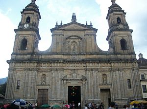 Primate Cathedral of Bogota, 2 April 2011, front.jpg