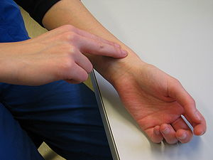 Pulse - Pulse evaluation at the radial artery.