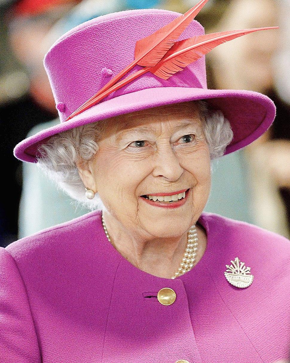 Queen Elizabeth II March 2015 cropped