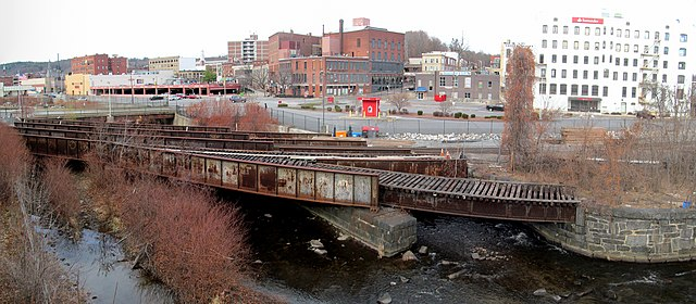 File Railroad Bridge Over Nashua River In Fitchburg
