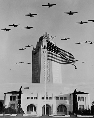 Administration Building (Randolph Air Force Base) - Image: Randolph Field Taj Mahal building with training aircraft