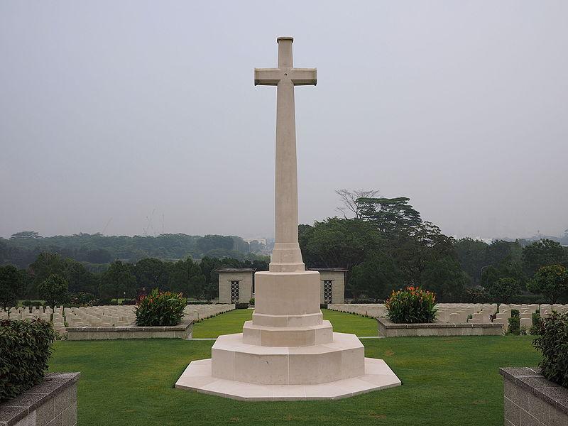 File:Rear view of the Cross of Sacrifice at Kranji War Memorial in September 2015.jpg