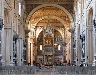 Rom, San Giovanni in Laterano, Innenansicht.jpg
