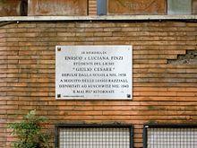 Lapide commemorativa dei fratelli Finzi, espulsi dal Liceo Giulio Cesare di Roma nel 1938