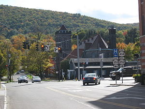 New York State Route 414 - NY 414 at its southern terminus in the city of Corning