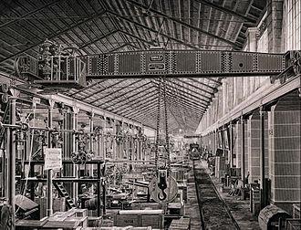 Steam crane - Steam powered Overhead crane from 1875