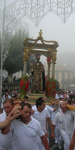 File:S. Antonio Abate allestito per la festa Santa Domenica Vittoria 2.jpg