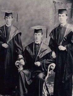 SFC graduates circa 1899