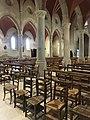 Saint-Martin-du-Mont (Ain) - église intérieur chaises.JPG