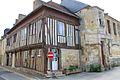 Saint-Pierre-sur-Dives maison à colombage.JPG