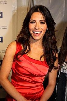 Sarah Shahi nel 2011 agli upfront di USA Network