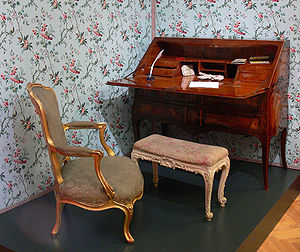 Antique furniture - An antique chair and desk from the Reiss-Engelhorn Museum in Mannheim, Germany.