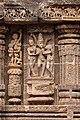 Sculptures on Sun Temple, Konârak 03.jpg