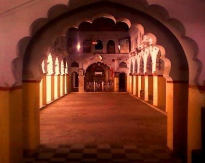 Shree Ganesh Mandir, jhansi hallway