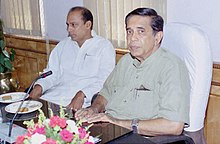 Shri Oscar Fernandes assumes the charge of the Minister of State (Independent Charge) for Statistics and Programme Implementation in New Delhi on May 24, 2004.jpg