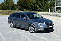 Skoda Superb II 2012.jpg