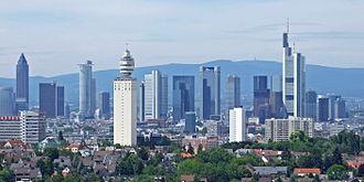 Henninger Turm - Image: Skyline sued ffm 004