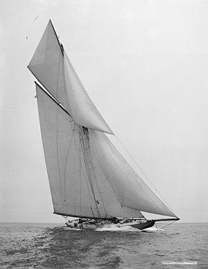 Bowdoin B. Crowninshield - Sloop Independence, 1901