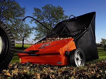 English: Agri-Fab lawn sweeper