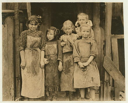 Children in Port Royal, South Carolina, ca 1912. Some of the children went to school half a day, and worked before school, and several hours after school, and eight or nine hours on Saturday Some of the children who go to school half a day.jpg