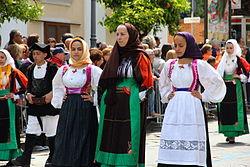 Sorgono - Costume tradizionale (03).JPG