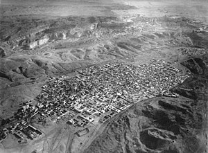 Mokattam - Mokattam (upper area), above the City of the Dead—Cairo necropolis, in a 1904 aerial view by Eduard Spelterini from a hot air balloon.