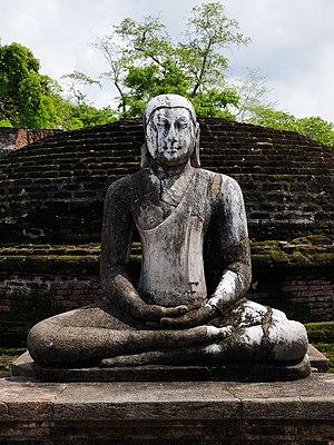 SriLanka BuddhistStatue (pixinn.net)