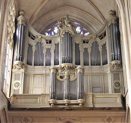 The pipe organ in Saint-Germain l'Auxerrois, Paris StGermainAuxerrois1.jpg