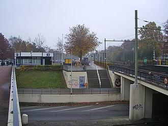 Tilburg Universiteit railway station - Image: Station Tilburg West 01