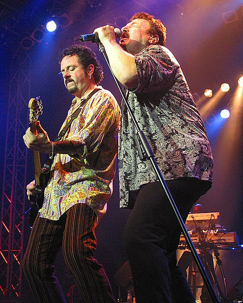 File:Steve Lukather with Bobby Kimball 02.jpg