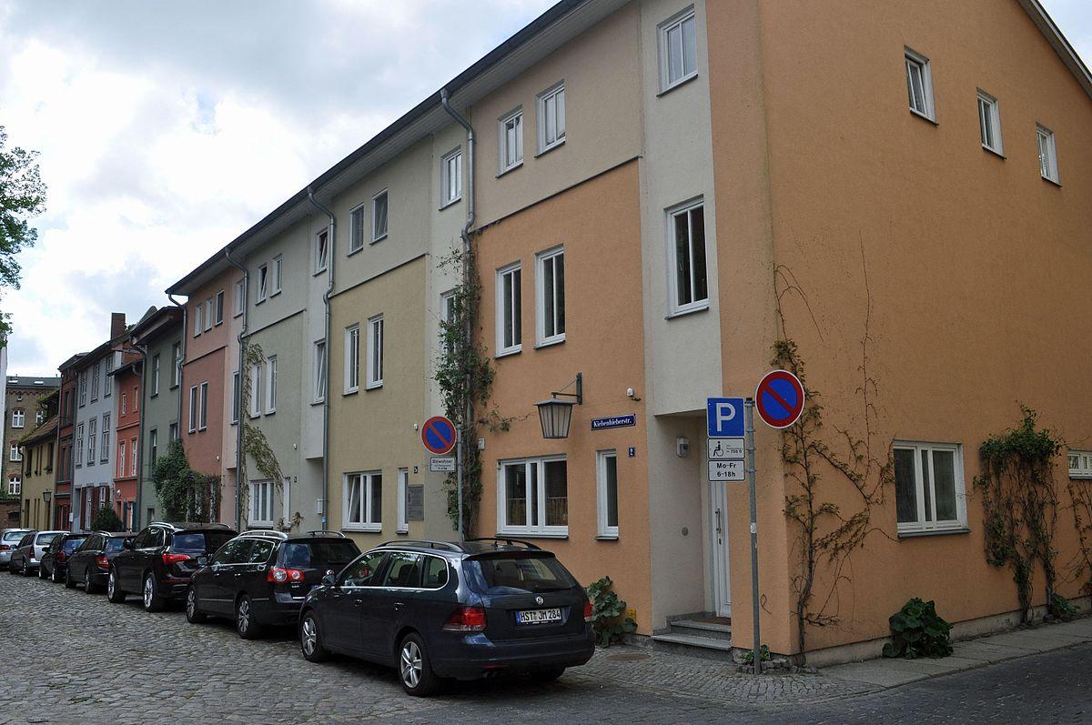 Frau Stralsund, Hansestadt