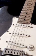 Guitare électrique — Wikipédia