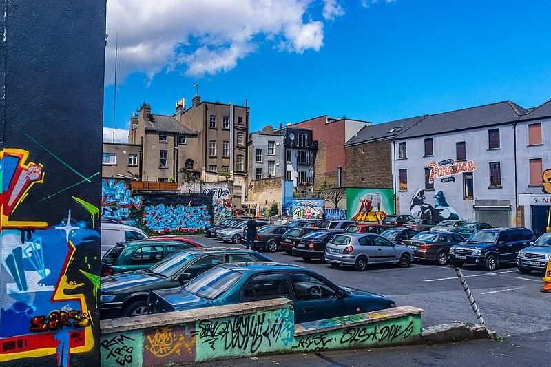 File:Street Art, Tivoli Car Park (Francis Street) - panoramio (18).jpg