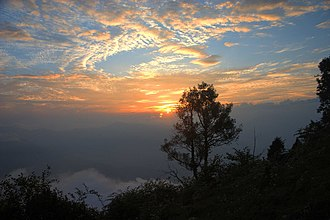 Neora Valley National Park - Image: Sun set in neora valley
