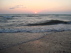 Sunset on Lake Huron - panoramio.jpg