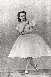f0451ef26def Anna Sobeshchanskaya [ru] as Odette in Julius Reisinger's original  production of Swan Lake, Moscow, 1877