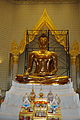 TH-bkk-wat-traimit-03.jpg