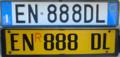 Targa automobilistica Italia 1999 EN•888DL posteriore+rimorchio.png