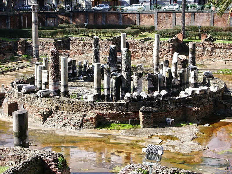 File:Temple de Serapis.JPG