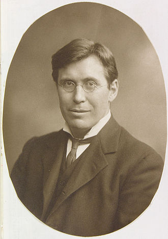 Terrot R. Glover - Terrot R. Glover in 1909