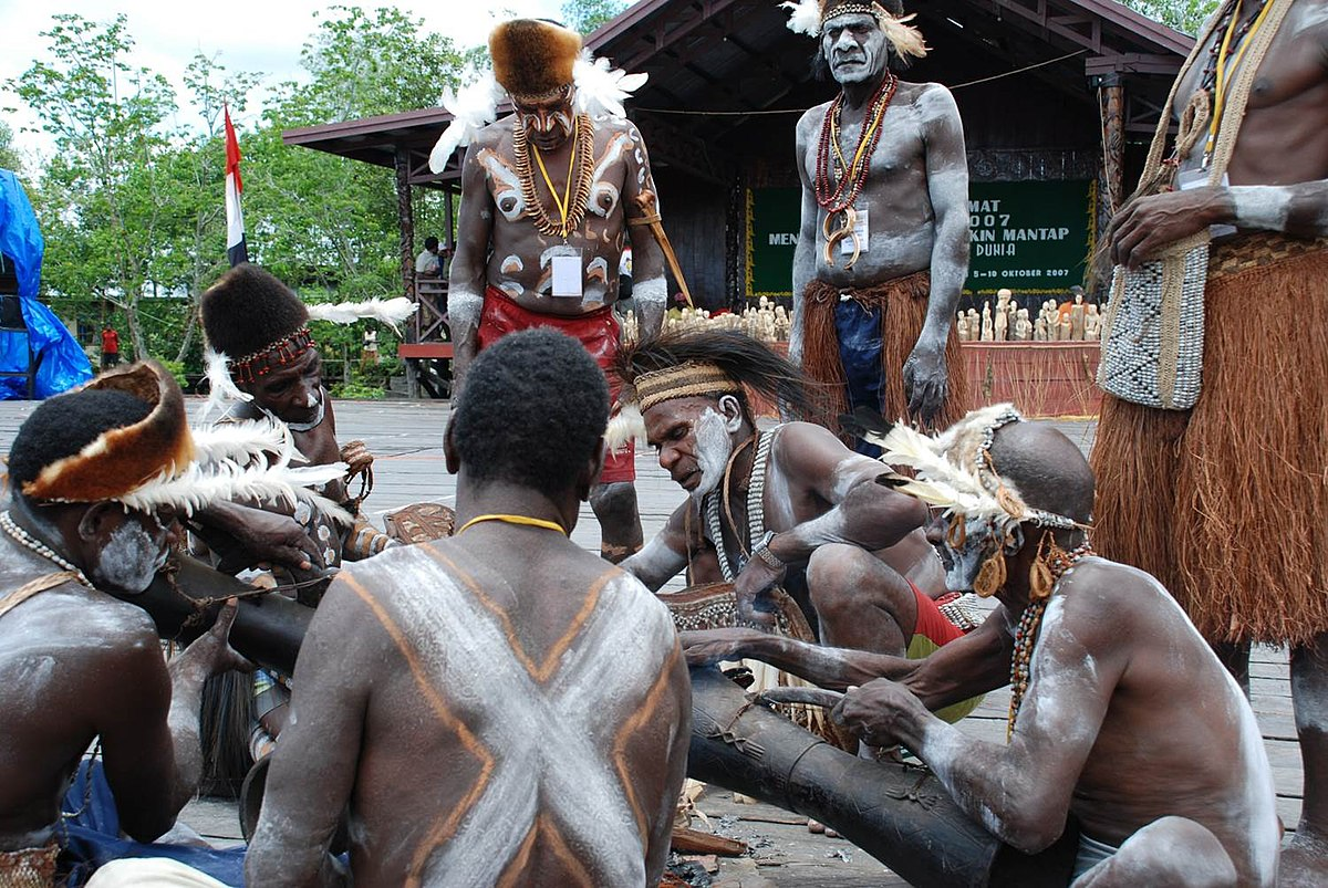 Contoh ras Melanesoid di Indonesia