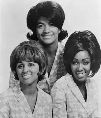 The Blossoms - The Blossoms in 1966 (clockwise from top: Fanita James, Jean King, and Darlene Love)
