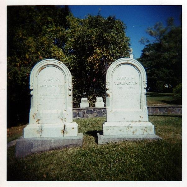 File:Tomb-stones.jpg