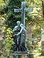 Trauernde Alter Südlicher Friedhof.jpg